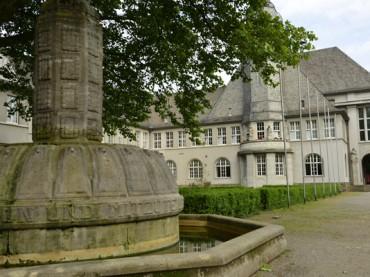 Stadt bietet Ausbildungsplätze im Rathaus an