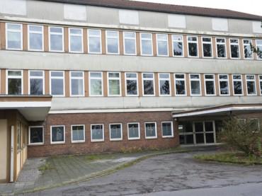 Ehemaliges Rathaus II: Abriss statt Asylbewerber