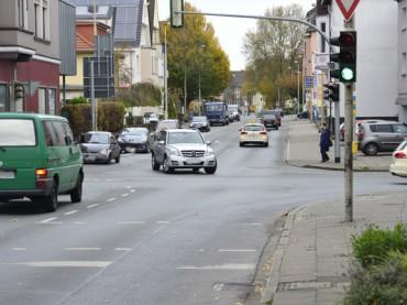 Nach Umbau: Linksabbiegen von Karl-Gerhartsstraße in die Bahnhofstraße nicht mehr möglich