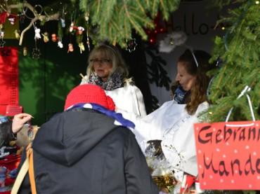 Weihnachtsmarkt Bürger für Bürger erwartet seine Besucher