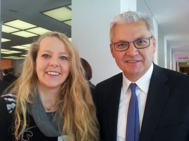 Bundestagsabgeordneter Hubert Hüppe schlägt Bianca Dausend für Helene Weber-Preis vor