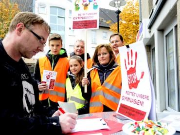 Für die Achtzügikeit der Gymnasien: 1500 Unterschriften in zwei Stunden