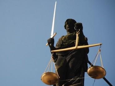 Albtraum wird vor Landgericht verhandelt – Schwerter äußert sich am ersten Prozesstag nicht
