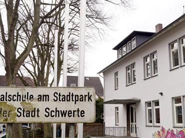 Rat beschließt Umbau der Realschule am Stadtpark in ein Verwaltungsgebäude