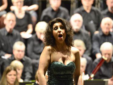 Konzertgesellschaft feiert 90. Geburtstag – im Land des Lächelns mit Frau Luna und der Cavalleria rusticana