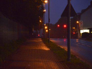 CDU bittet um Prüfung: Sind Gehwege am Holzener Weg ausreichend ausgeleuchtet?