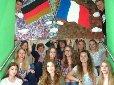 Une amitié durable:  20 Jahre deutsch-französischer  Austausch am FBG