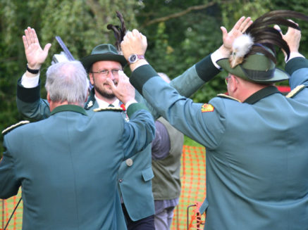 Schützenfest in Wandhofen und die Konkurrenz von König Fußball