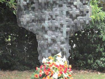 Antikriegstag am Kreuz der Kreuze