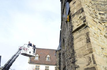 Der Kranz hängt: Gedenken an die Feuersbrünste im Mittelalter am Brand- und Bettag
