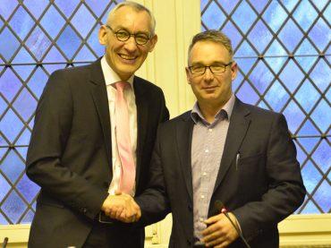 Personelle Veränderungen: Neues Ratsmitglied verpflichtet