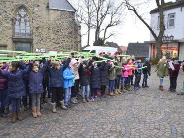 Tag der Kinderhospizarbeit: Schwerte erstrahlt in Hoffnungsgrün