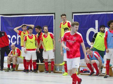 Hohes Futsal-Fieber: Holzpfosten wollen unbedingt ins DM-Viertelfinale