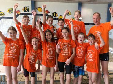 Albert-Schweitzer-Schule gewinnt Kreismeisterschaft im Schwimmen