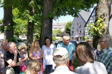 Bürgermeister vor Ort: Noch einmal genau hinsehen, bevor Kastanien fallen