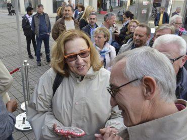 Auf Wiedersehen mit Herzen aus Lebkuchen: Der Bürgermeister sagte Servus