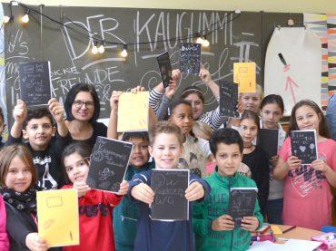 Mehr Kaugummi und Buchstaben: Literaturprojekt steuert auf den Höhepunkt zu