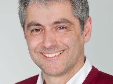 Hotel und Parkhaus: Stadtplaner Adrian Mork auf der Expo auf Investorensuche