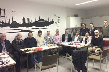 Dimitrios Axourgos: Silvestergruß und Hausbesuche