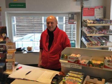 Alfons Peters bekam in seiner Tankstelle Besuch vom ZDF