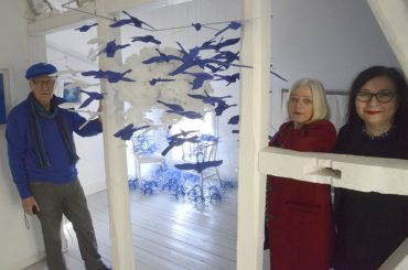 """""""Das Blauhaus"""": Eine Jubiläumsausstellung im Zeichen einer Farbe"""