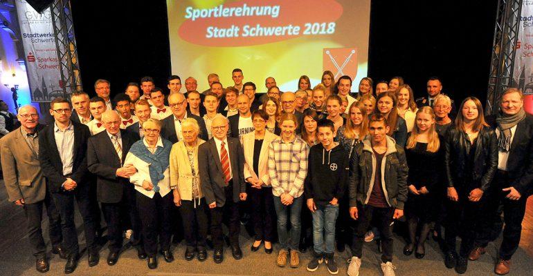 Stadt Schwerte ehrte ihre Sportlerinnen und Sportler – Sportlerehrenteller für Uschi Brauckhoff