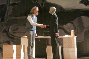 """""""Faust: Ganz"""" – Theater am Fluss macht Lust auf Goethe"""