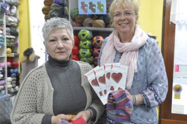 Iris Mühr macht mit: Socken stricken für wohnungslose Menschen