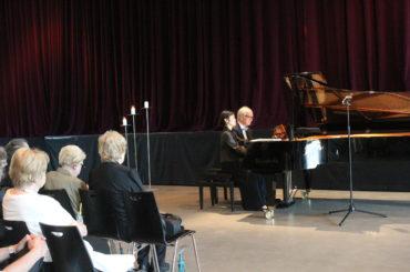 Ovationen für rauschendes Klavierspiel