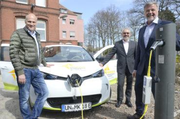 Stadtwerke und Marienkrankenhaus Hand in Hand: Mit zwei Elektroautos in die Zukunft
