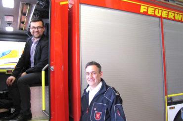 """Bürgermeister Axourgos besucht die Feuerwehr: """"Dank und Respekt für die Arbeit"""""""