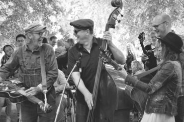 Tree Mountain Stringband im JAVANA
