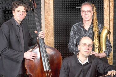"Take three: ""Sounds like a Trio"" spielt in Viktors Jazzclub"