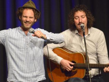 Maxi Schafroth – der Kabarettist mit dem Eau de Güll auf der Zunge