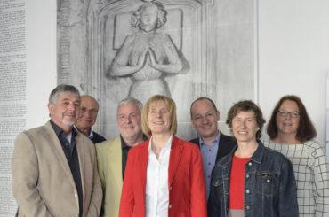 """""""heimat ver-rückt"""": Anspruchsvolle Ausstellung im horizontalen Eröffnungsprozess"""