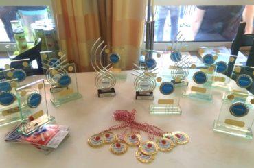 Die Finalergebnisse und die Gewinner der Schwerter Tennis-Stadtmeisterschaften