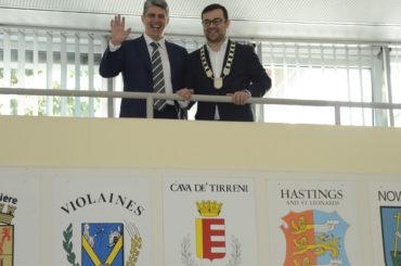 """Es lebe die Freundschaft"": Bürgermeister empfängt Amtskollegen aus Cava de' Tirreni"