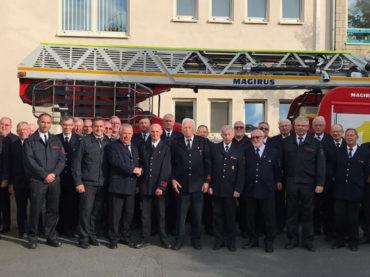 Ehrungen für drei verdiente Feuerwehrleute