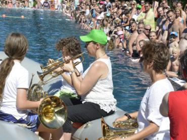 Und es war Sommer: Tag der Wassermusik wurde zum Hit