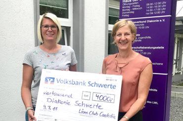 Taschengeld gegen Isolation: Lionsdamen spenden an die Diakonie