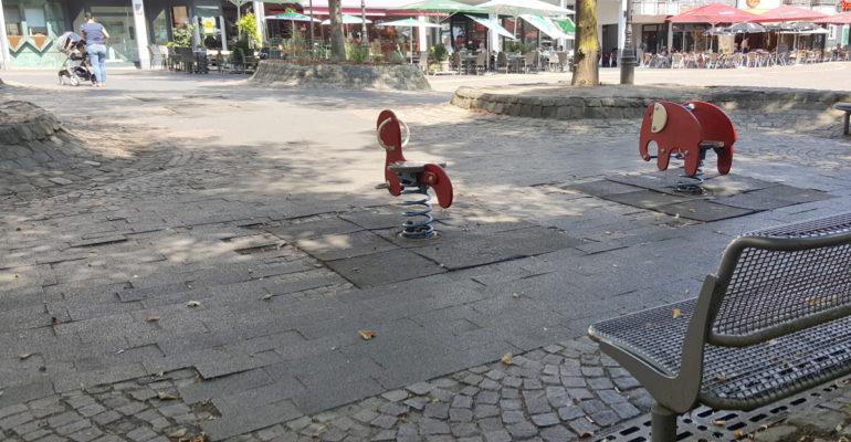 Der Marktplatz soll überplant werden: Die gute Idee von Elke Merling und Sivita Karakus muss warten