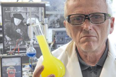 Montags im Museum: Erich Füllgrabe baut ein Laboratorium