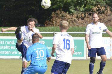 Fußball: VfL kämpft beim Spitzenreiter gegen den grauen Alltag – Derby in Schwerte-Ost