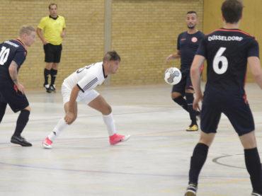 Die Futsaler des FC Schwerte zahlen in ihrer ersten Regionalliga-Partie viel Lehrgeld