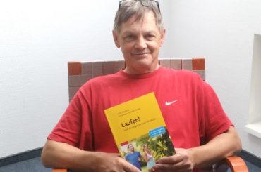 Laufen! Dr. Stefan Weigelt veröffentlicht Zweitauflage eines fundierten Handbuchs
