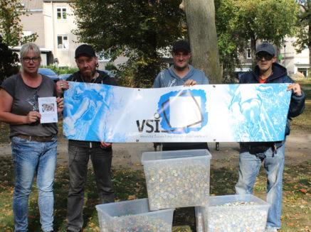 Stadtpark von Kronkorken befreit – Erlös für Kinder- und Jugendhospizdienst Unna