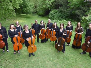 Eine Reise durch Europa: Die 12 Hellweger Cellisten machen Station in Schwerte