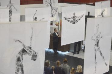 """""""légèreté inspirante"""" – eine bemerkenswerte Kunstausstellung"""