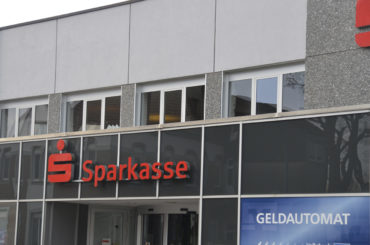 Geldautomat der Sparkasse in Westhofen gesprengt